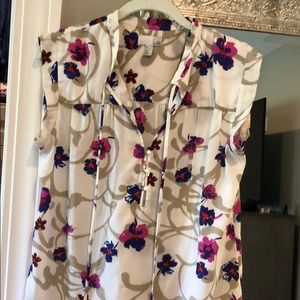 14th & Union - medium - floral top
